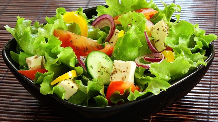 vz_wz_salad_bar_bowl_750x421_apr14.jpg