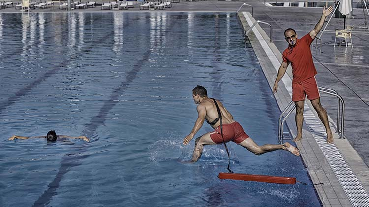 RED CROSS LIFEGUARD CLASSES