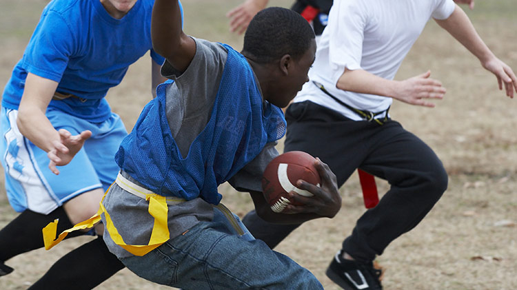 vz_sports_football_flagfootball_750x421_jan14.jpg